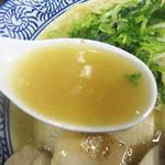 武一 はなれ - 一見濃厚には見えにくいですが、節系と合わせた出汁は、 野菜系の旨みと甘味を取り込んだ鶏ポタよりも高蛋白という点で濃厚です。
