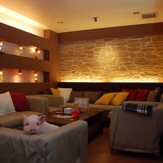 個室利用も可能なソファ席