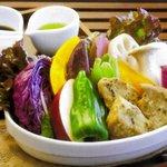 じねんや - グルテンのハーブ焼きと有機野菜のグリル 2000円