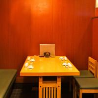阿部 - テーブル(16席)