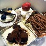お菓子の館 あくつ - ケーキ4種 10.4月