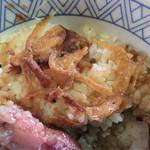 神戸屋 - 炒めた玉ねぎに味が良く付いていて美味しい。