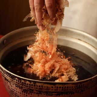 【お鍋のだしは2種類でお楽しみ頂けます】