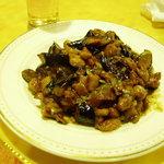 東京穆斯林飯店 - メイン料理:ナスと鶏肉の甘味噌炒め