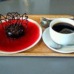 35893450 - ディアボロケーキ・コーヒー