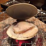 35894337 - 焼き貝(ハマグリ)