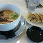 らあ麺ダイニング 為セバ成ル。 - 成る麺極味 味玉入りと餃子
