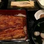 うな富 - うな重・竹(4300円)