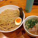 35898741 - 鷄白湯 濃厚魚介つけ麺 300g