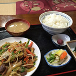 七福食堂 - 豚モツ炒め定食 ¥1100