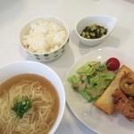 ジャスミン - 料理写真:大人気の汁そばセット650円。ごはんと麺を両方食べたいにおすすめです。