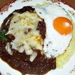 35910125 - チキンかれー (2辛)+目玉焼き&チーズ