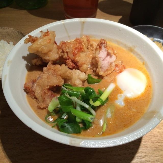 本町製麺所 天 本店 - 薬膳カレーうどん