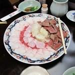 35912363 - ミンク鯨の赤身肉とサエズリ・ウネス