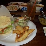 熱帯食堂 - 数量限定のエビバーガーset