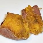 ラ・イモンチ - 安納芋を割ると