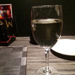 地鶏坊主 - ハウスワイン白