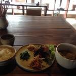 カフェ アワ・イサ - おまかせランチ(900円)