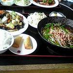 台湾料理 香林坊 - 台湾ラーメンと八宝菜定食