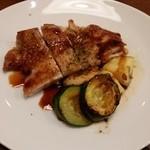 ビーダブリュー カフェ - 若鶏モモ肉のかえしバター焼き