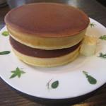 35919225 - バターホットケーキ
