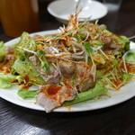 餃子屋麺壱番館 - 蒸し豚のピリ辛サラダ☆