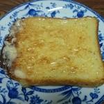 ゲベッケン - フランス食パン  バタートーストにしました