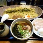 らぁめん 達人 - 塩つけ麺(750円)麺中盛(100円)チャーシュー2枚(150円)玉子(100円)