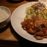 ボンマルシェ食堂 - 日替わり(ポークビーンズ)700円