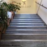 35935257 - 階段を上がった2階にあります