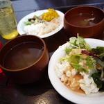 カフェ コイ コイ - バイキングのサラダ