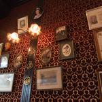 英国パブ シャーロックホームズ - お店の中3