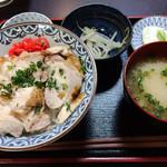 35949703 - 焼鳥丼(塩)定食