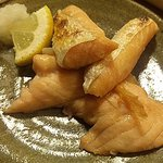 立呑魚家 うおぴち - 鮭のハラス焼(380円)