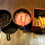 ラーメン一興 - 料理写真:モヤシキムチ 紅しょうが 高菜?