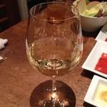 35955620 - 1杯目 白ワイン