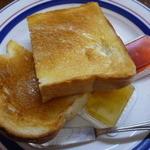 カフェドペリーヌ - ジャム付きトースト