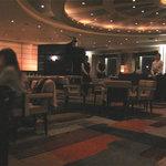 リーガトップ - こじんまりしたトコを想像したら、すごく広かったです。テーブル席120席・バーカウンター8席だそう。