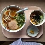 美味しんぼ山岡 - 日替わり しょうゆラーメン+そぼろご飯