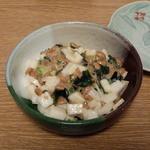 すし浜 - 納豆と山芋シャキシャキ和え
