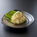 相撲茶屋 玄海 - 自家製ポテトサラダ 560円。人気No.2