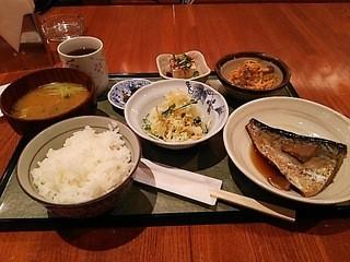 ZEN - 本日のランチ「鯖の煮付け」です。