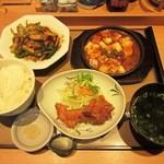 やよい軒 - 料理写真:青椒肉絲定食