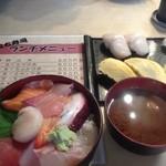 立ち寿司 - 2013/8/3 大阪でお寿司といえばいつもこちらで