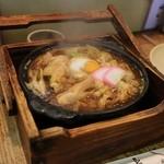 山長 本店 - 煮込みうどん 親子 味噌