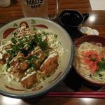 おなが家 - からあげ丼+ミニ沖縄そば ¥750-