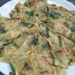 花菜 - ニラチヂミ  モチモチして美味しです。