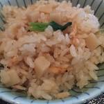 なだ万 - 桜海老と筍の御飯