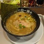 一日一麺や - 煮干ど豚骨ラー麺\850円