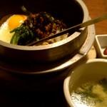35994685 - 石焼ビビンバ定食♪